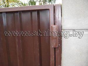 Ворота из металлопрофиля в частный дом 11