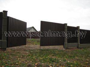 Ворота из металлопрофиля в частный дом 13