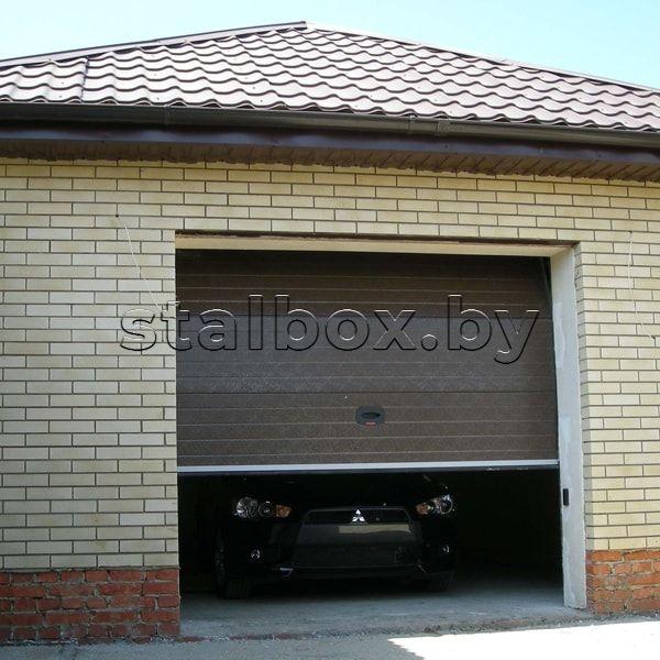Безупречные ворота в гараж: особенности конструкций различного типа, выбор оптимального варианта
